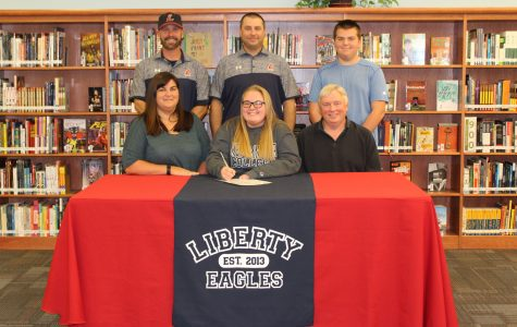 Amber Stockton signs for Westminster College to play softball