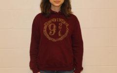 Sophomore Irem Inan wears her