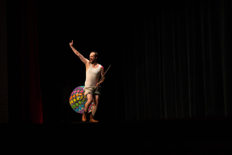 """While serenading the crowd with his rendition of """"Wrecking Ball"""", Mr. Barker goes above and beyond with his performance."""