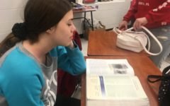 Sophomore Lizzie Kayser stresses over AP US History's large workoad.