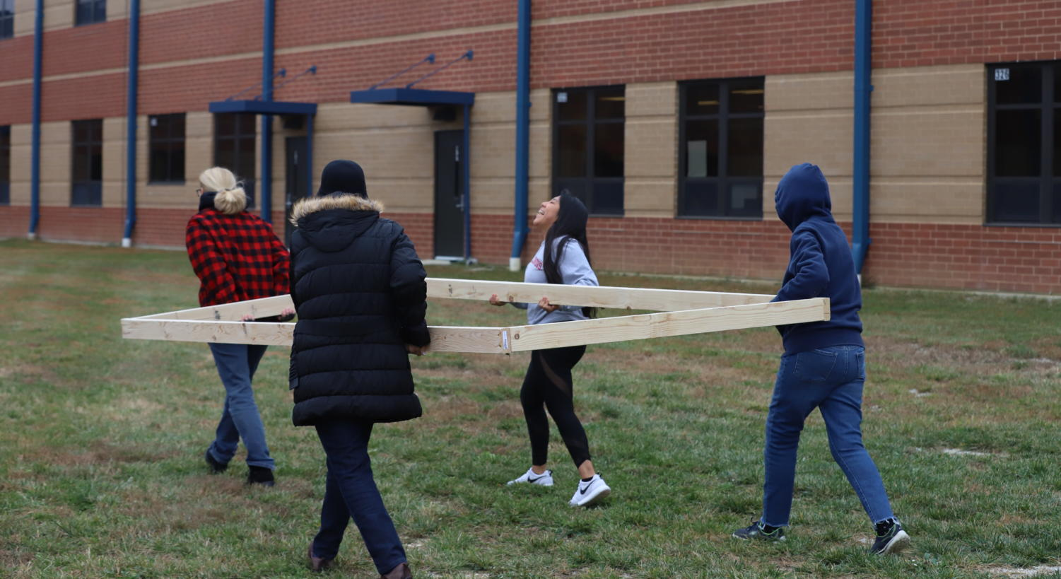 On November 6th, students from Garden Club put together the foundations for their Container Garden.