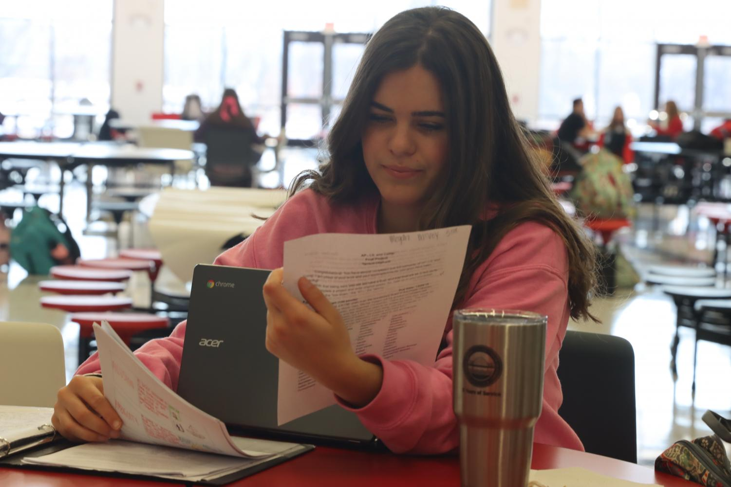 Meghan McVey studies for finals at StuCo's