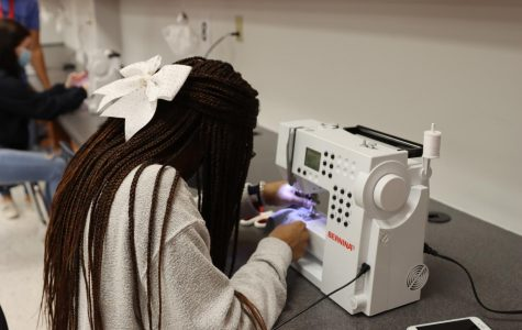 Mrs. McFadden's Intro to Clothing and Textiles class learns how to sew masks.
