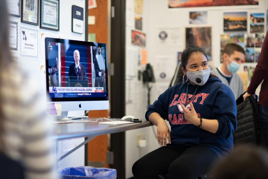 Sruthi Ramesh watches Joe Biden deliver his Inaugural Address in her 5th period class.