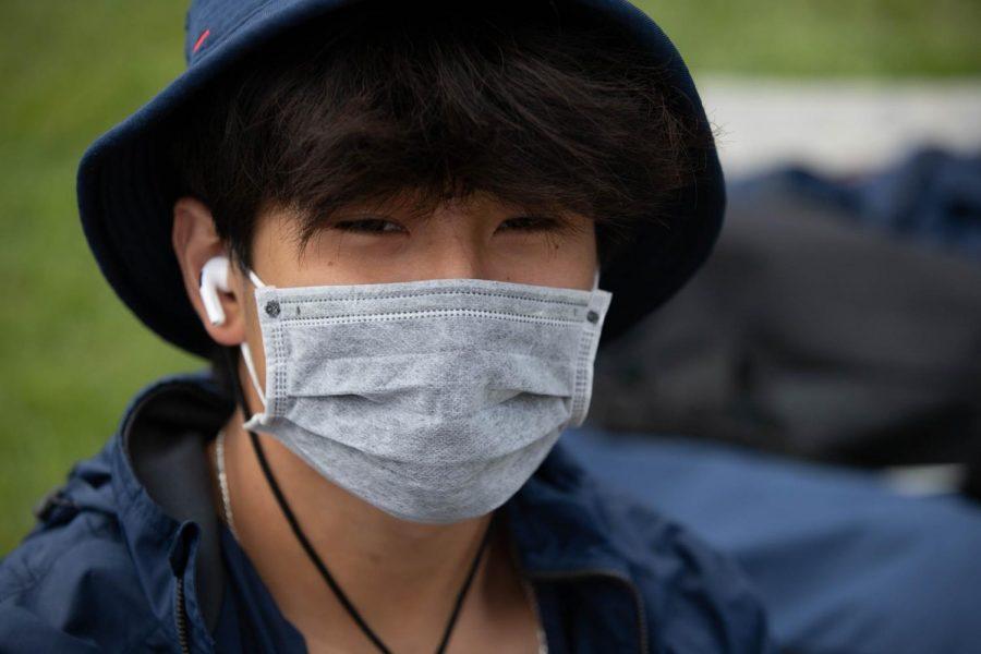 Hy Vuong (9) waits for javelin to start up.